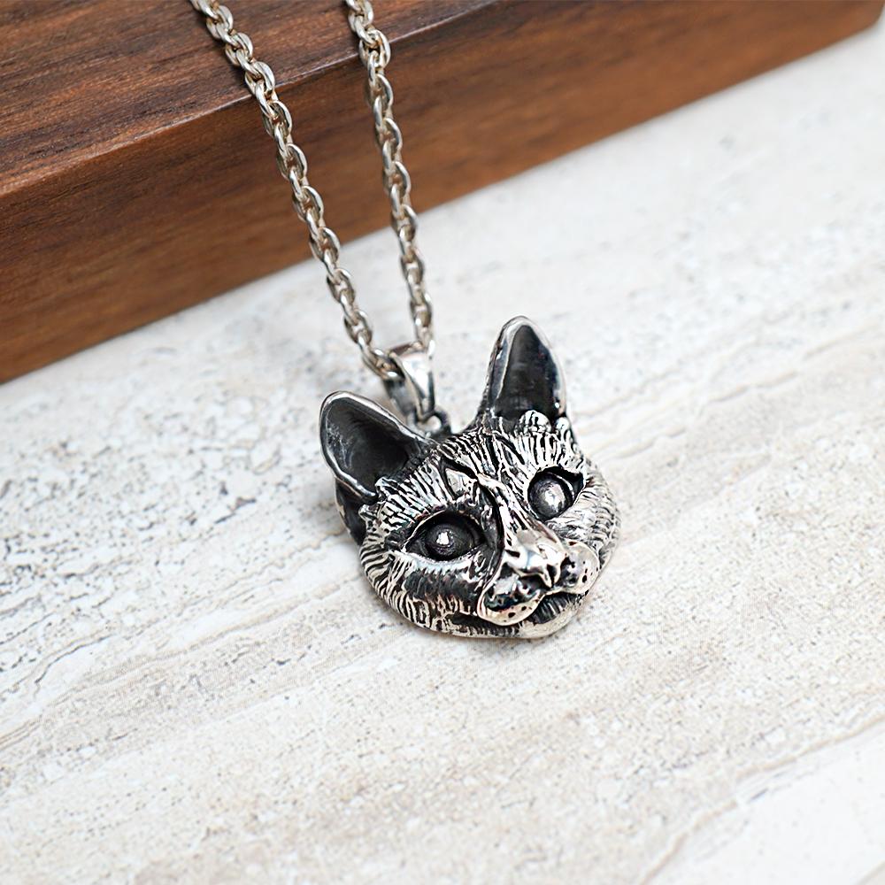 虎斑貓(斑斑)正面立體造型後面平面-動物雕刻純銀項鍊