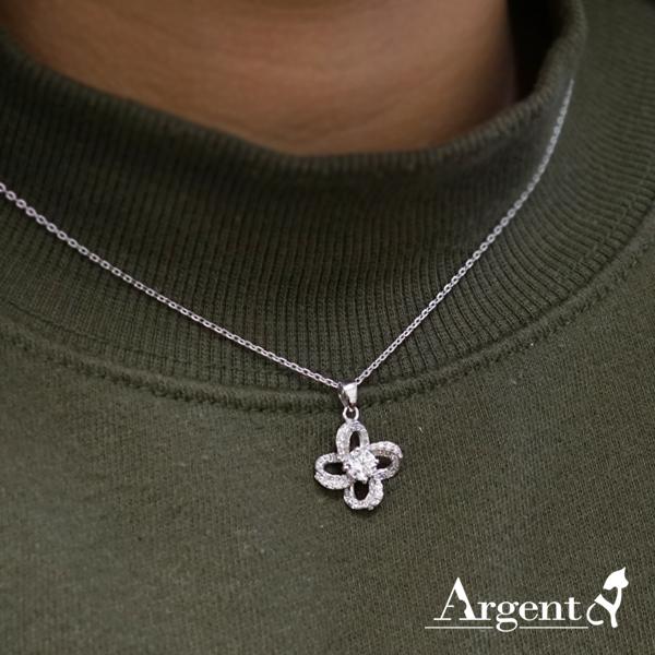 「十字鑽朵(白K金)」造型純銀項鍊銀飾|銀項鍊推薦