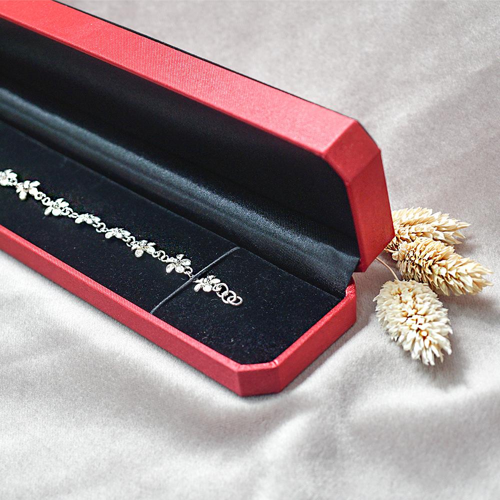 八角緞帶手鍊盒(紅)(黑底)
