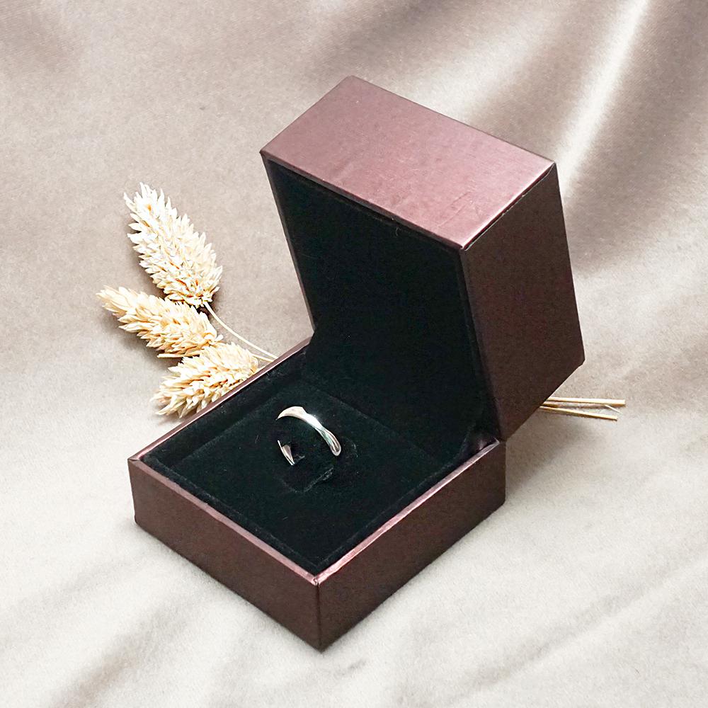 求婚戒指盒-紅拉絲單戒盒(外紫內黑)