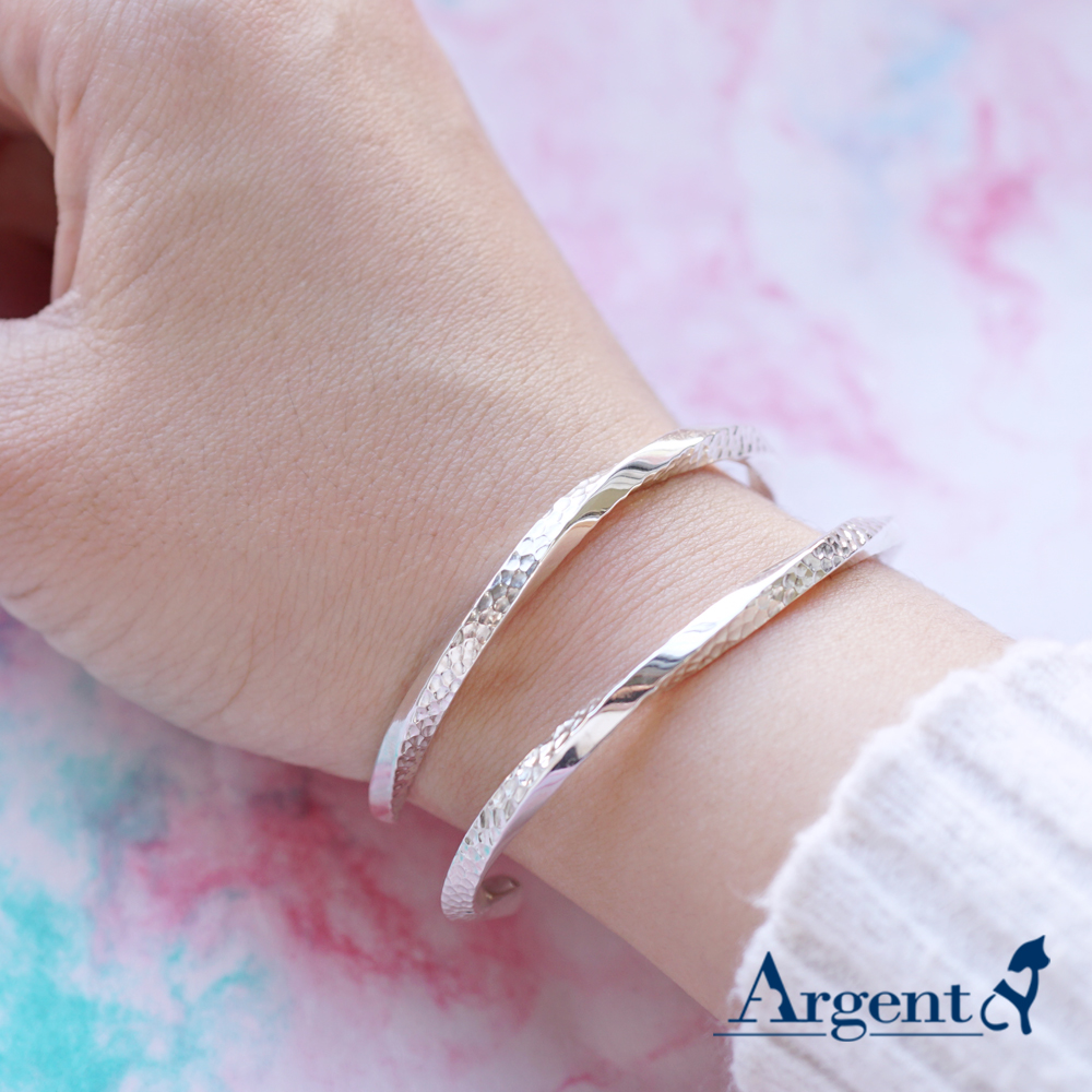 4mm「扭紋烙印」C開口手工製作純銀手環