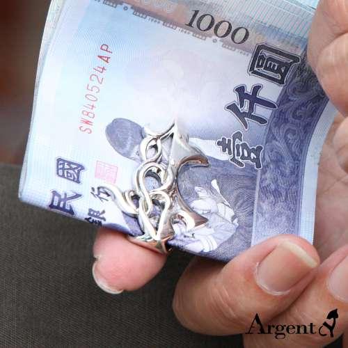 「鯊紋」簍空雕刻造型純銀鈔票夾推薦