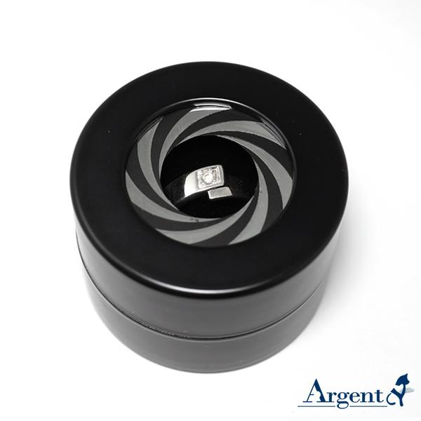 旋轉驚豔戒指盒(霧黑色)