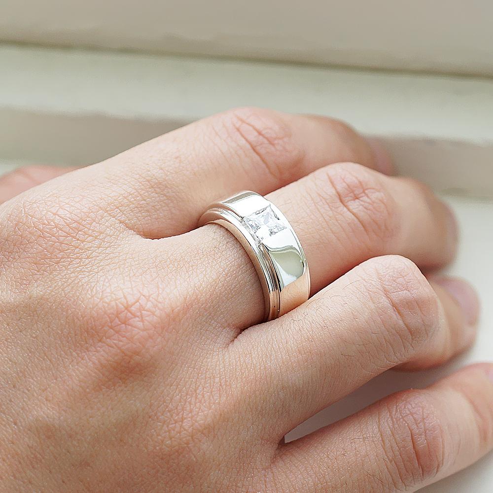 「摯情」方鑽鑲嵌純銀戒指|戒指推薦