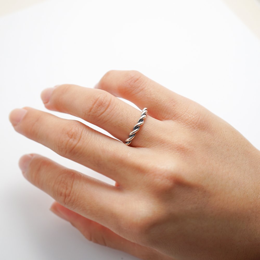 安爵銀飾-純銀扭紋尾戒